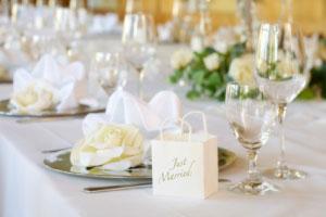 Hochzeitstafel ideen zur tischdekoration for Hochzeitstafel deko
